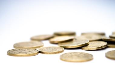 Cum sa economisesti bani pentru a-ti incepe o afacere